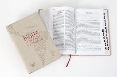 BIBLIA DE LA IGLESIA EN AMERICA